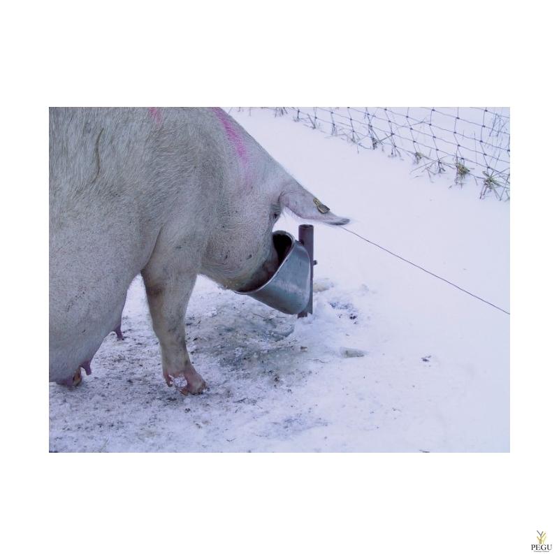 Незамерзающая автоматическая поилка для свиней