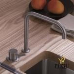 VOLA Смеситель с ручкой кухонный 590M, матовый хром